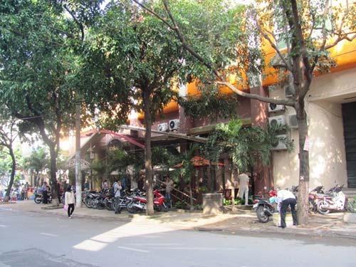 Nổ súng bắn người để đòi nợ giữa Sài Gòn - 1