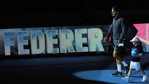 Federer vui mừng khi vào được bán kết - 1