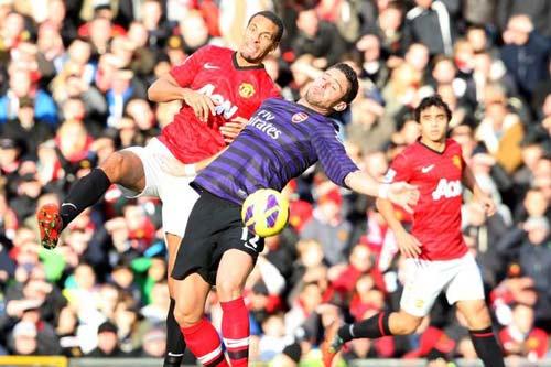 Arsenal: Tấn công hay rình mồi? - 1