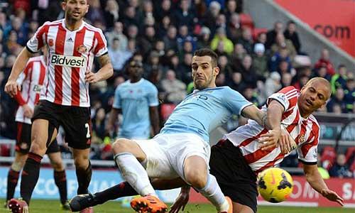 Pellegrini lo ngại về phong độ của Man City - 1
