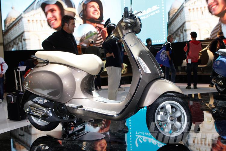 'Trái tim' của Vespa Primavera là 4 phiên bản động cơ khác nhau, bao gồm 2T 50, 4T 50, 3V 125 và 3V 150. Trong đó có động cơ3 van, 4 kỳ, làm mát bằng gió, phun nhiên liệu điện tử, dung tích 125cc và 150cc nổi tiếng của gia đình Piaggio.