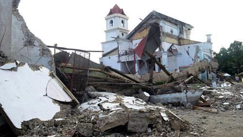 Philippines: Động đất nối tiếp siêu bão - 1