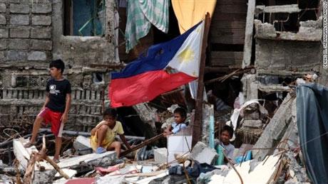 Trẻ em Philippines và nỗi ám ảnh siêu bão Haiyan - 1