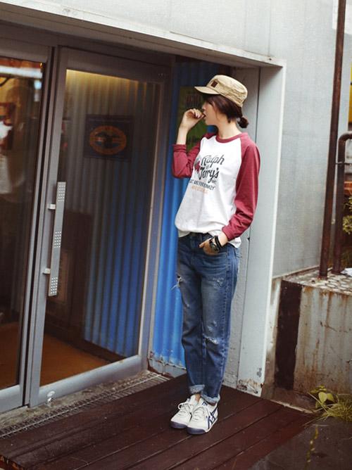Phối jeans rộng theo từng hoàn cảnh - 1