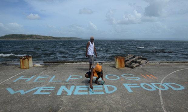 """Báo Mỹ """"ném đá"""" TT Philippines vì cứu trợ chậm - 1"""