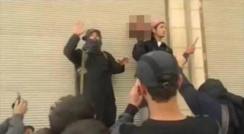 Phiến quân Syria cắt nhầm đầu đồng bọn - 1