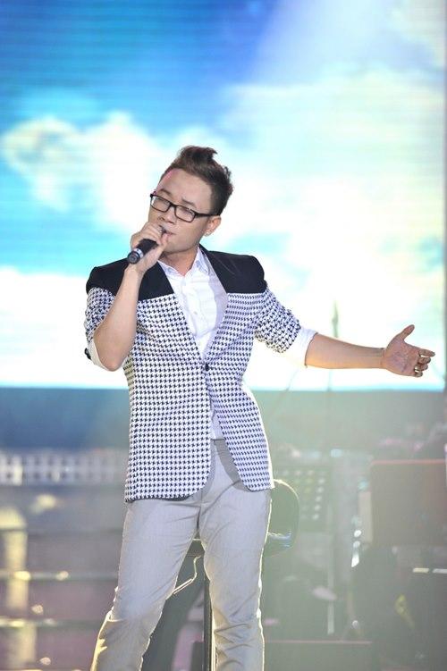 Trúc Nhân gây xúc động với hit của Wanbi Tuấn Anh - 1