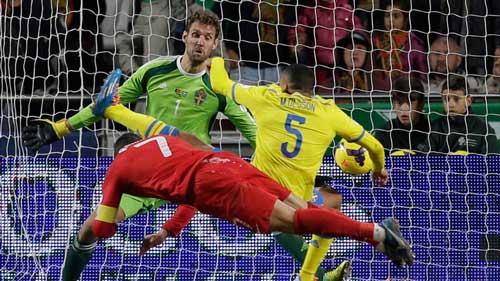 Gặp Thụy Điển, Ronaldo sẽ tạo kỷ lục? - 1