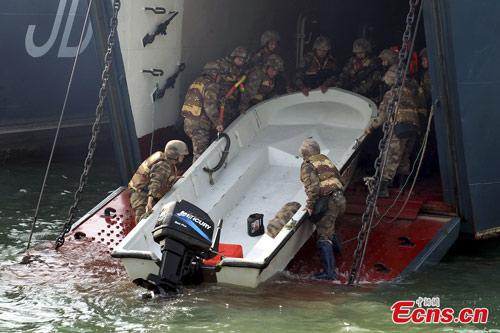TQ đổ quân, nã pháo ngay cạnh nách Triều Tiên - 1