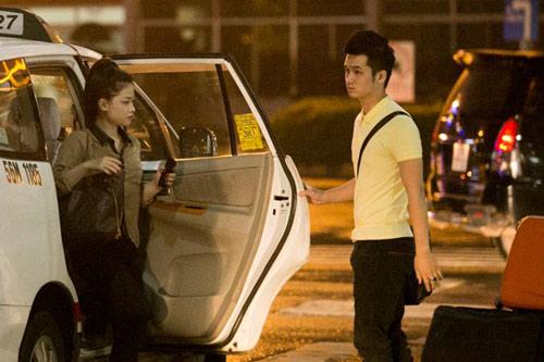 Dương Hoàng Yến lặng lẽ theo bạn trai về Hà Nội - 1