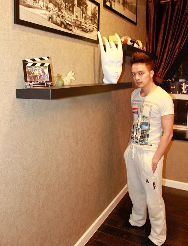 Vào cuối năm 2012, Cao Thái Sơn dọn đến sống tại căn hộ cao cấp ở quận 7, TP.HCM.