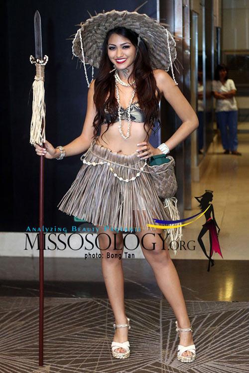 Tròn mắt xem trang phục dân tộc ở Miss Earth - 1