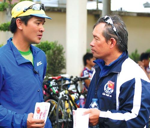 """Kết thúc cuộc đua xe đạp nhân ngày Nam Kỳ Khởi Nghĩa: Trái ngọt muộn cho """"chàng xe lôi"""" - 1"""