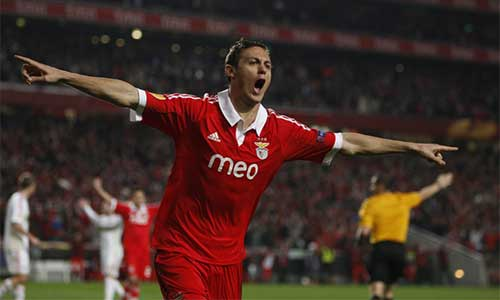 MU nhắm nhạc trưởng của Benfica - 1