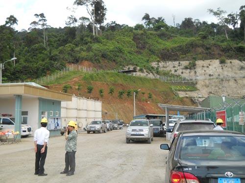 Sạt lở, mỏ vàng lớn nhất nước ngừng hoạt động - 1