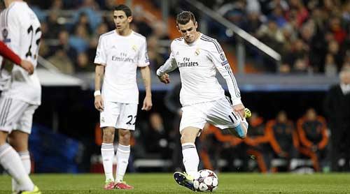 Real: Ronaldo nên san sẻ đá phạt với Bale - 1