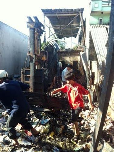 Đớn đau cho 4 mạng người bị vùi trong biển lửa - 1