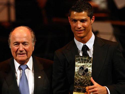Blatter nói dối về cuộc gọi cho CR7 - 1