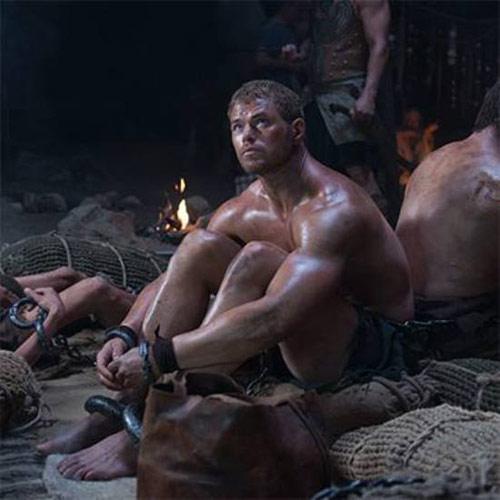 Á thần Hercules mới dữ dội và nóng bỏng - 1
