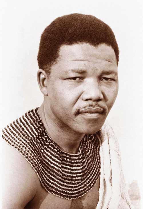 """Cuộc đời """"ngọn hải đăng"""" Nelson Mandela qua ảnh - 1"""