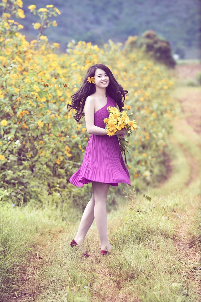 Thả hồn trên từng con đường ngập nắng đầy hoa