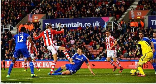 Stoke - Chelsea: Đòn quyết định phút 90 - 1
