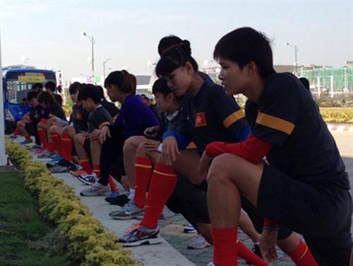 Tuyển Việt Nam hạ tuyển Lào 11-0 - 1