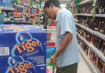 Giá bia thi nhau tăng - 1