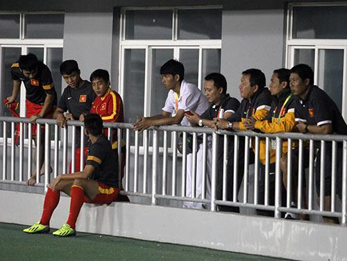 """U23 VN """"xem giò"""" đối thủ U23 Malaysia - 1"""