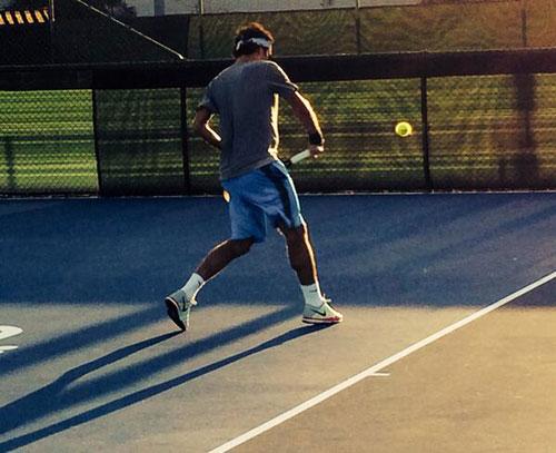 Federer bí mật thử nghiệm vợt mới? - 1