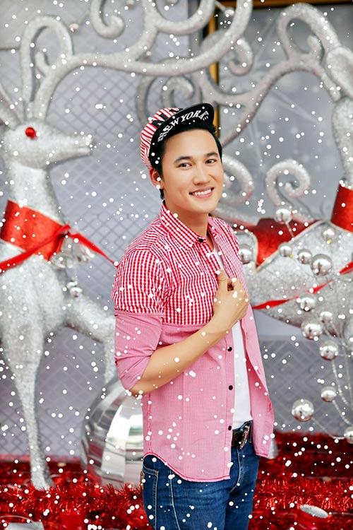 Noel bên người đẹp của Hà Trí Quang - 1