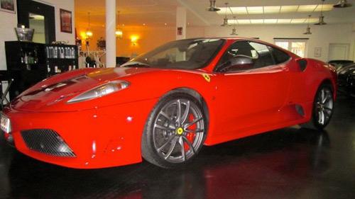 Siêu xe Ferrari 430 Scuderia của Schumacher rao bán - 1