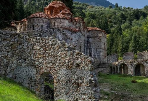 Khám phá 10 thị trấn có từ thời trung cổ - 1