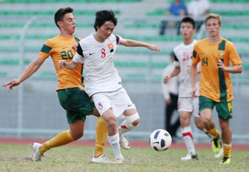 """Vấn đề của bóng đá Việt Nam: """"Đeo chì"""" lên đôi chân U-19 - 1"""