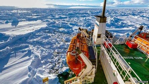 Tàu phá băng TQ cũng phải chào thua băng Nam Cực - 1