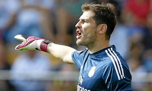 Real đại thắng, Casillas tiệm cận kỷ lục La Liga - 1