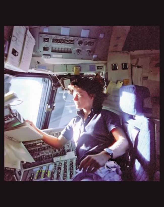 Người phụ nữ đầu tiên mang quốc tịch Mỹ trên trạm không gian.