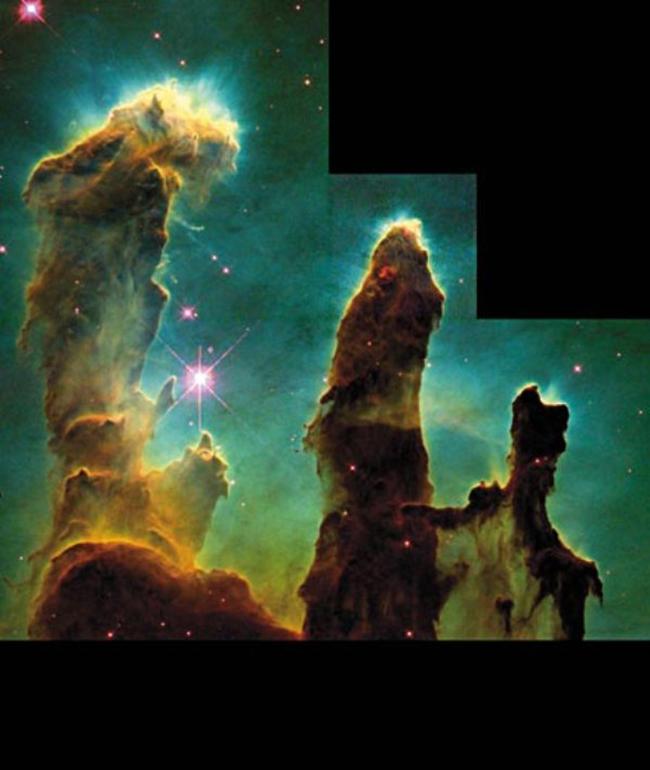 Ảnh chụp bằng kính thiên văn vũ trụ ghi lại một vụ va trạm từ khoảng cách hàng nghìn năm ánh sáng.
