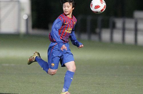 U19 Hàn Quốc: Paik Seung Ho giống Xavi, Iniesta hơn là Messi - 1