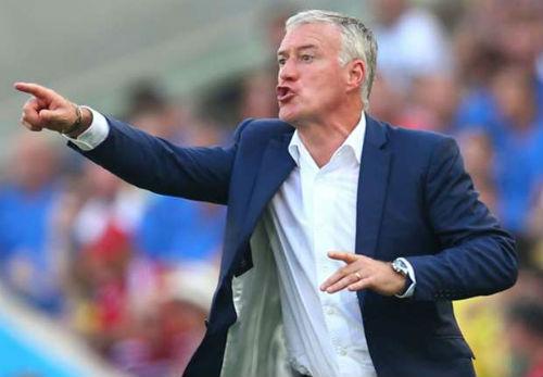 HLV đội tuyển Pháp khiếp sợ trước Ronaldo - 1