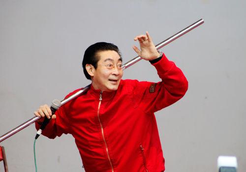 """""""Tôn Ngộ Không"""" đề cử kỷ lục thế giới cho màn múa gậy - 5"""
