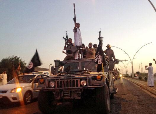Bí mật đằng sau kho vũ khí khổng lồ của phiến quân IS - 1