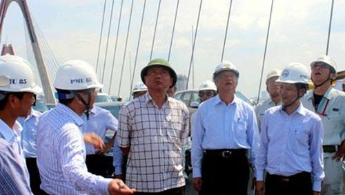 Bộ trưởng Đinh La Thăng nói về văn hóa giao thông HN - 1