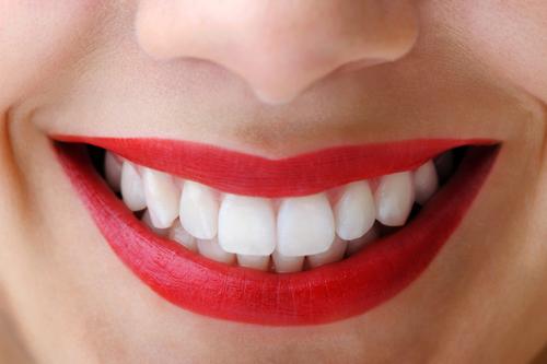 Kết quả hình ảnh cho bột trắng răng có các thành phần tự nhiên