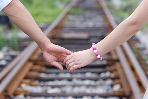 Thơ tình: Đường tàu tình yêu - 1
