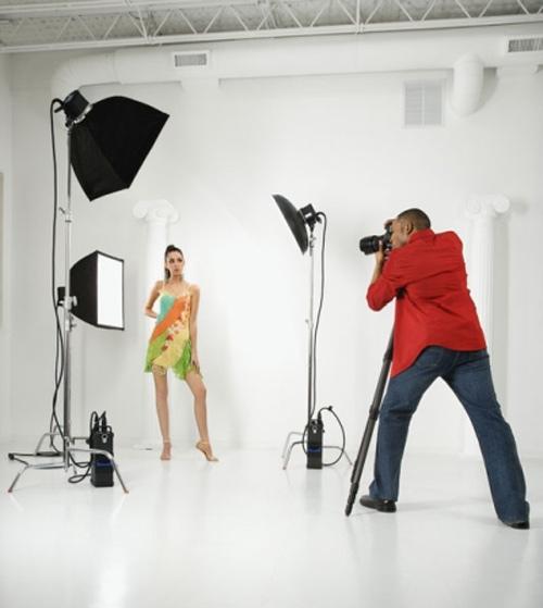 Người mẫu làm gì để tránh bị nhiếp ảnh gia xâm hại? - 1