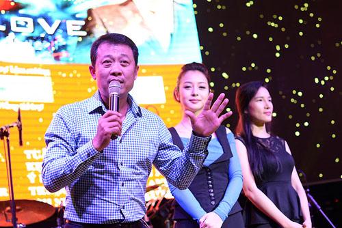 Danh hài Vân Sơn chi 10 tỷ làm liveshow tại Hà Nội - 1