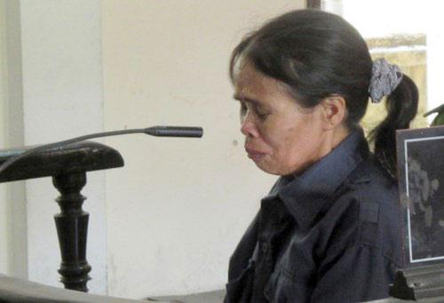 Người phụ nữ cùng quẫn giết chồng được giảm án - 1