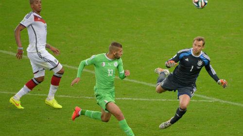"""Neuer biến thủ môn thành """"mốt"""" - 1"""