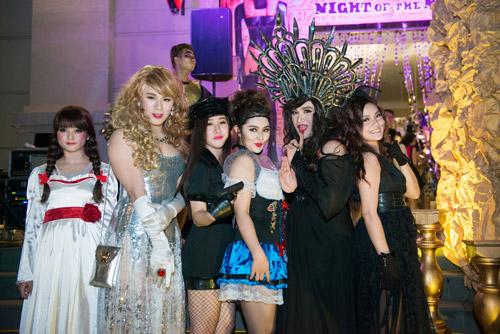 Sao Việt tưng bừng dự tiệc Halloween - 1